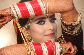 Richa Makeovers, Agra