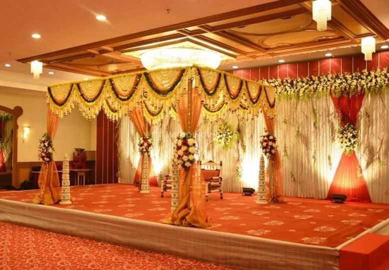 Stage Decor From Raghuleela Banquetes Kandivali Photo 1