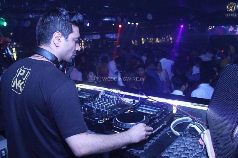 DJ Harsh