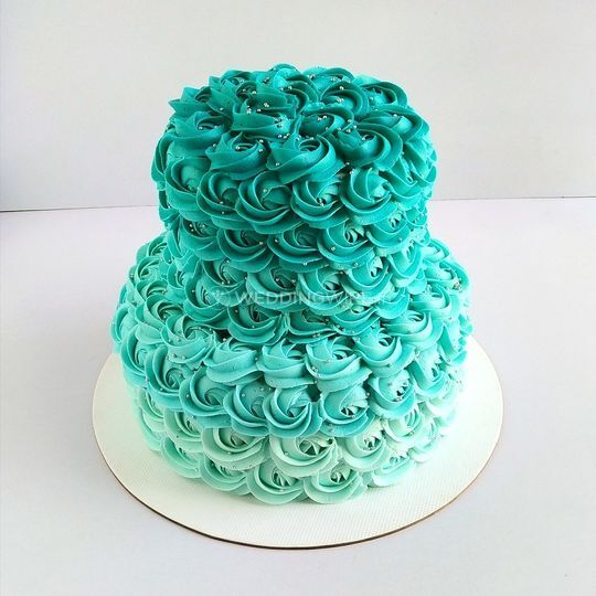 Tiered cakes 2kg