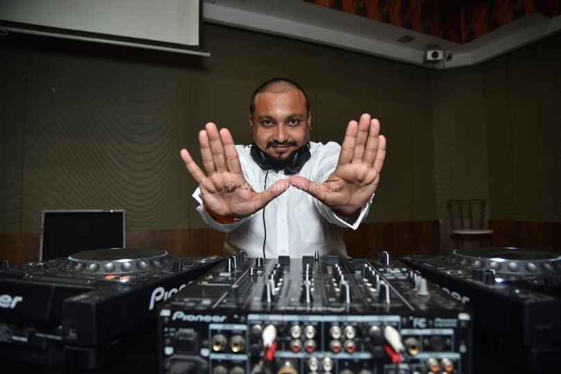 DJ Nihar