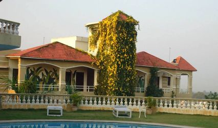 Country Club, Medchal