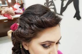 Kirti Jotwani Makeup Studio and Salon