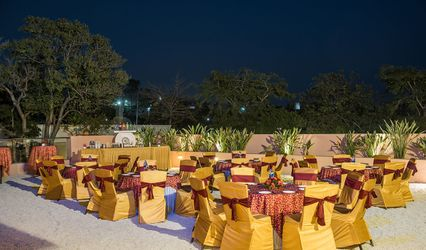 The Red Maple Mashal, Indore 1