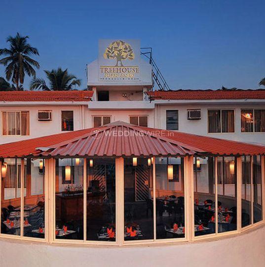 Treehouse Silken Sands Resort