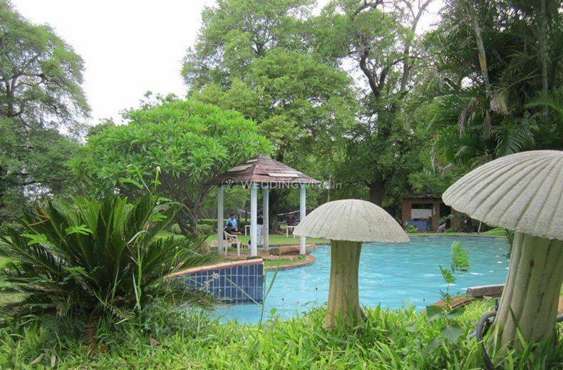 Jolly Woods Resort