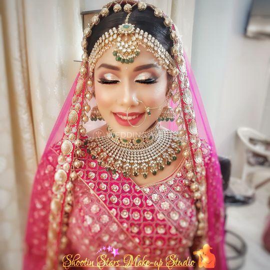 Glittery eyes bride