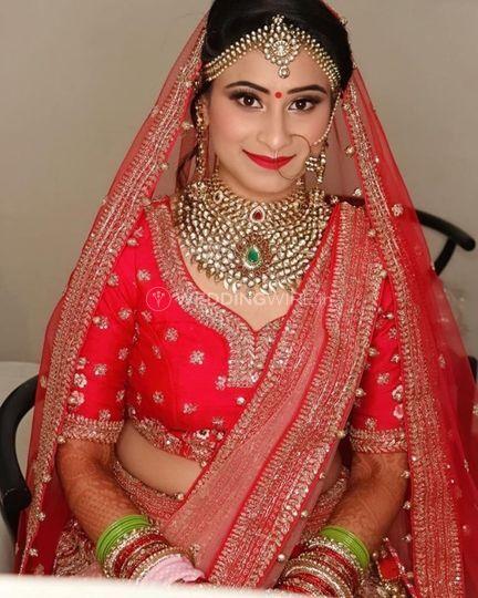 Simran Khanna MakeUp Artist