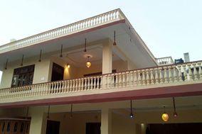Nandini's Hotel