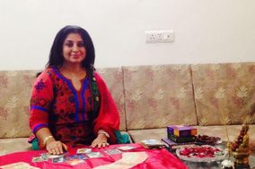 Astrologer Meenakshi Kapur, Gurgaon