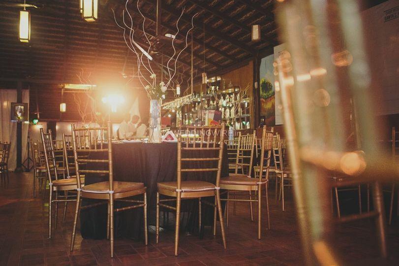 Gawin's Restaurant & Pub