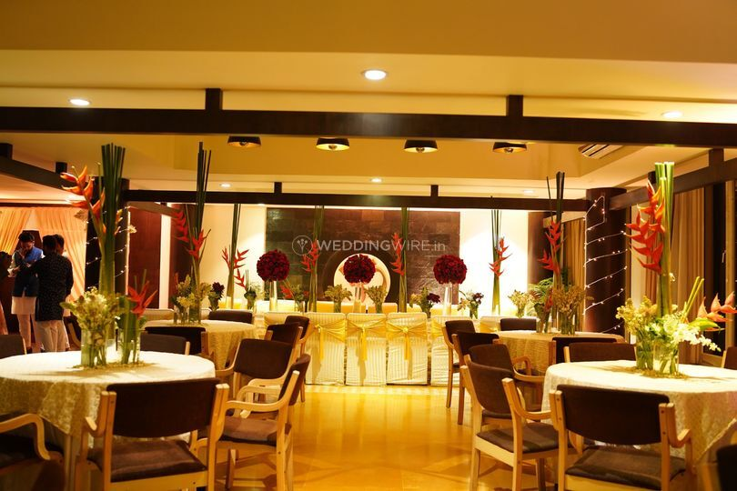 Gala dinner decor