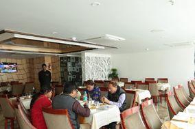 Hotel The Raso