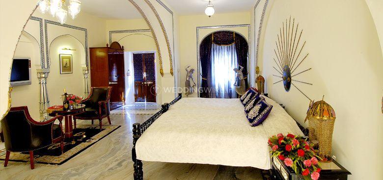 Royal Accommodation