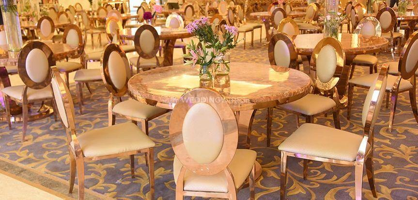 Table decor and seating setup