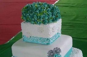 Maroon Cakes