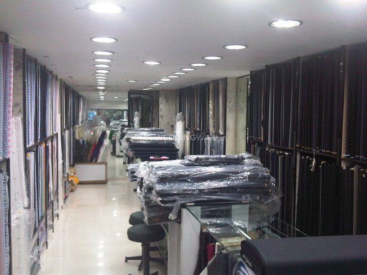 Upper Level, Michele Boutique
