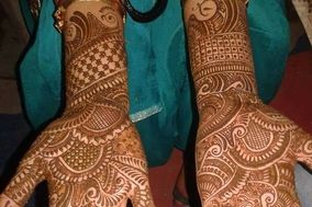 Hina Mehandi Art by Hena