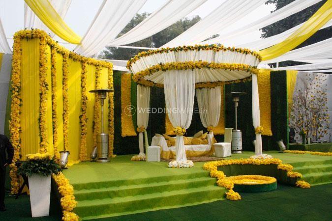 Gaur Flower Decorator
