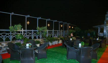 Drink 'N' Dine Restaurant & Bar