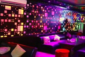 Smokshh - The Lounge