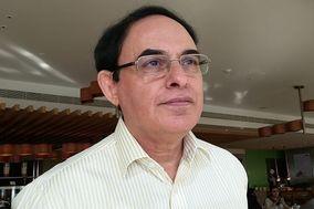 Sarosh Kotval Consulting Astrologer And Tarot Master