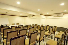 Hotel Srimaan, Pune