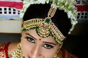 Makeup Artist Sandhya Joshi