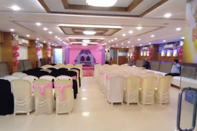 7 Square Restaurant And Banquet