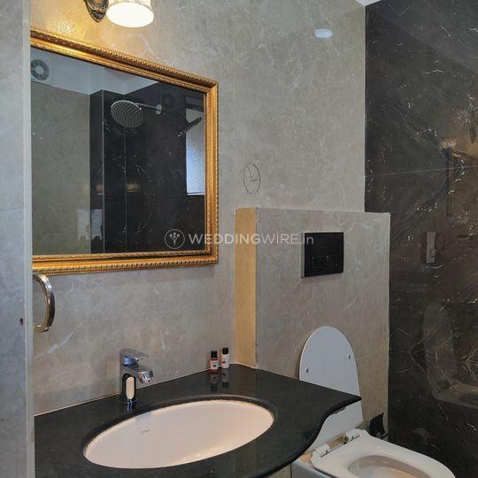 Pr. Super deluxe washroom