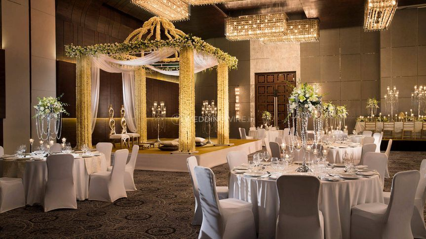 Ballroom Wedding Decor