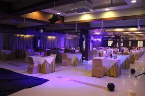 Hotel Platinum Residency, Praladnagar