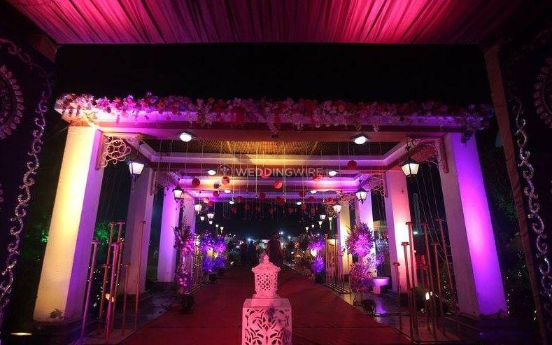 Wedding decor from victoria gardens delhi photo 0 victoria gardens delhi junglespirit Gallery