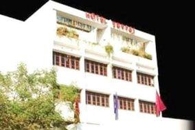 Hotel Yuvraj, Vadodara