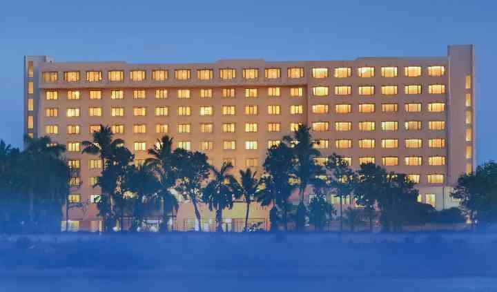 The Gateway Hotel Athwalines, Surat