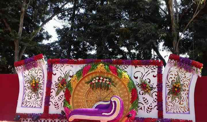 Maa Bhagwati Flower Decoration