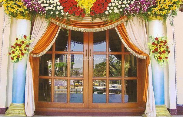 Ideal floral setup