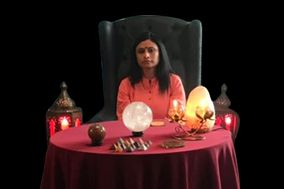 Deepali Dubey, Sarita Vihar