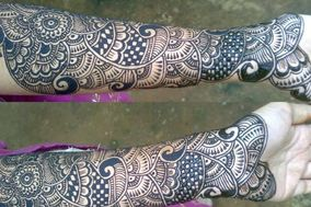 Mehndi Designs by Tara Saru