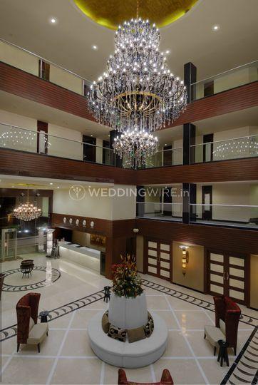 Royalton - Grand Lobby