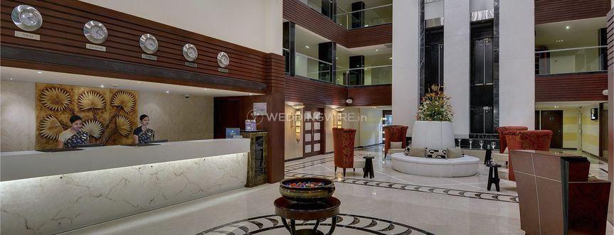 Royalton Hotel - Grand Lobby