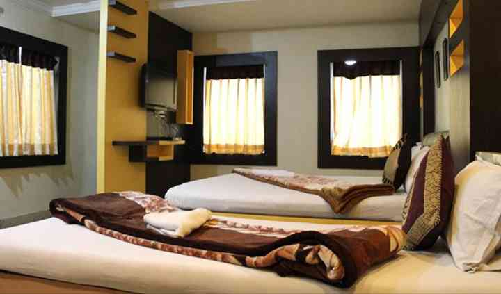 Shree Krishna International Hotel