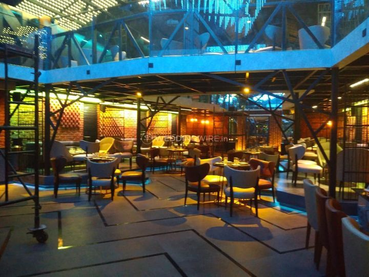 Warehouse Lounge, Thane