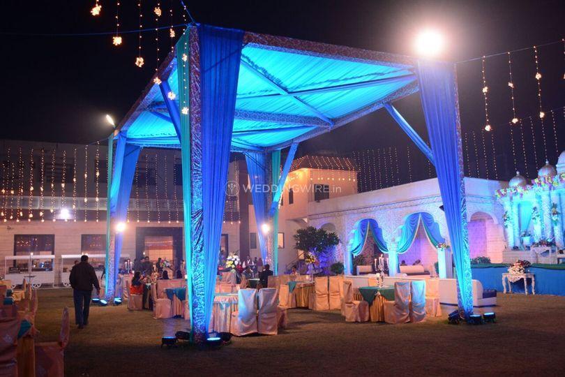 Wedding lighting and decor