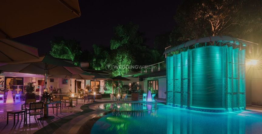 Andy's Boutique Hotel at Night