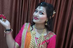Tamanna Beauty Parlour, Maheshwar