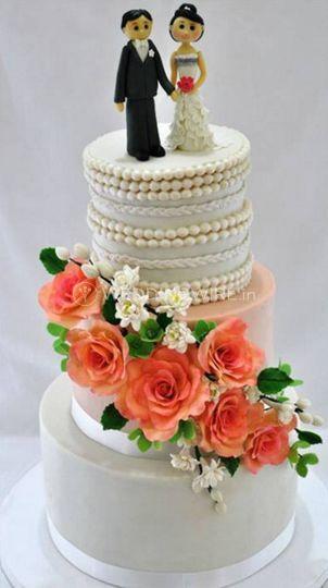Sweet Petal Cakes by Leona
