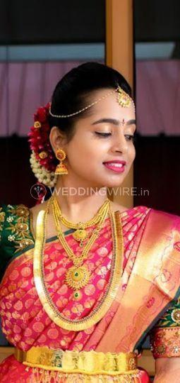 Shreeda Beauty Parlour