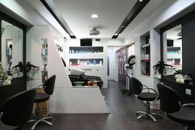 Retro - The Unisex Salon