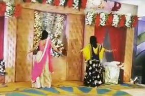 Twist Kamariyaa by Divya & Meghna